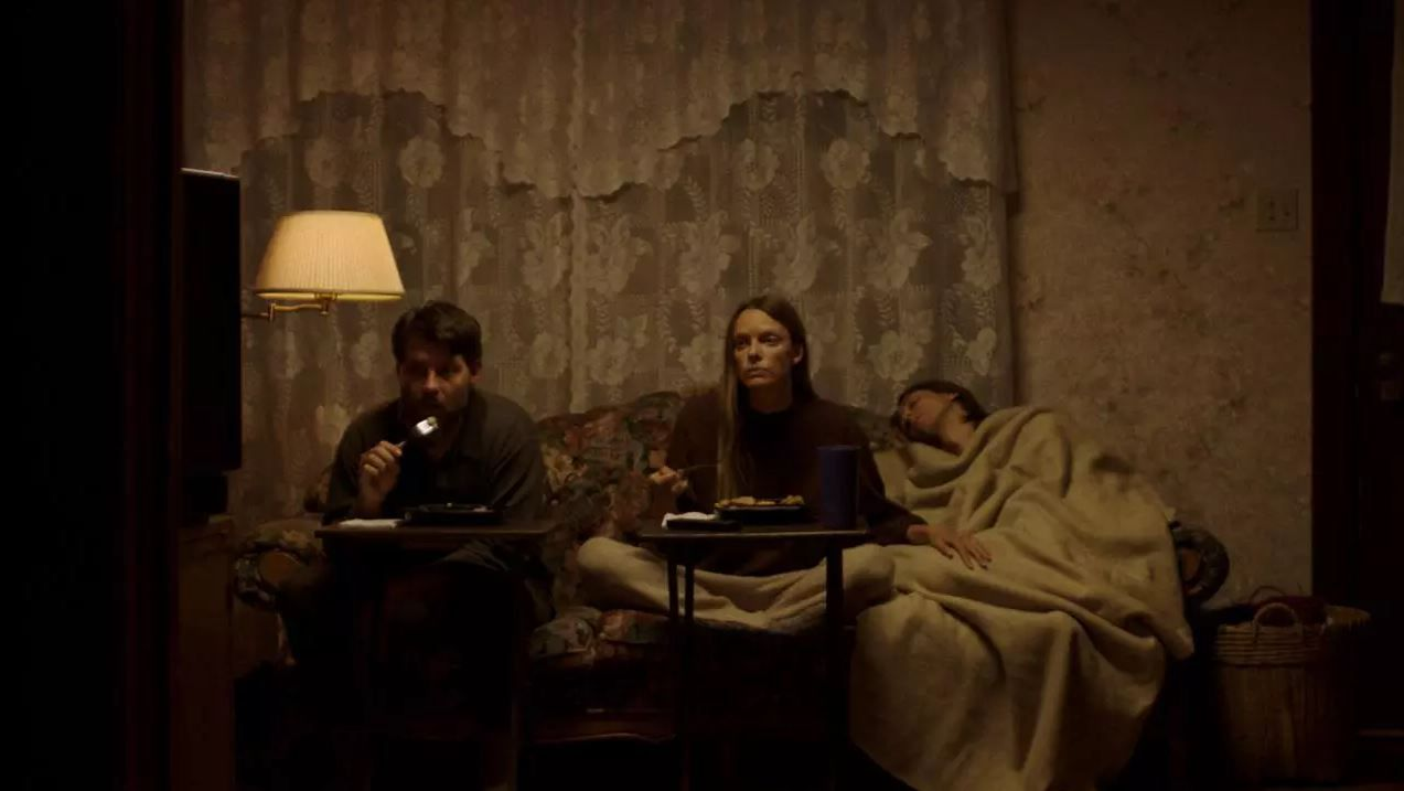 My heart can't beat unless you tell it to (BANDE-ANNONCE) avec Patrick Fugit, Ingrid Sophie Schram, Owen Campbell