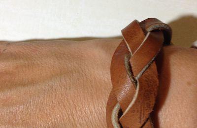 fabriquer son bracelet en cuir tressé ATELIERCUIRVOSGES