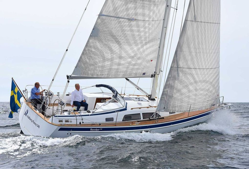 Scoop - first pictures of the new Hallberg-Rassy 340