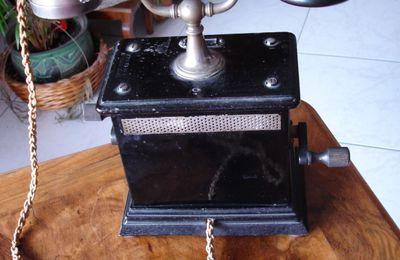 Antiquité téléphone