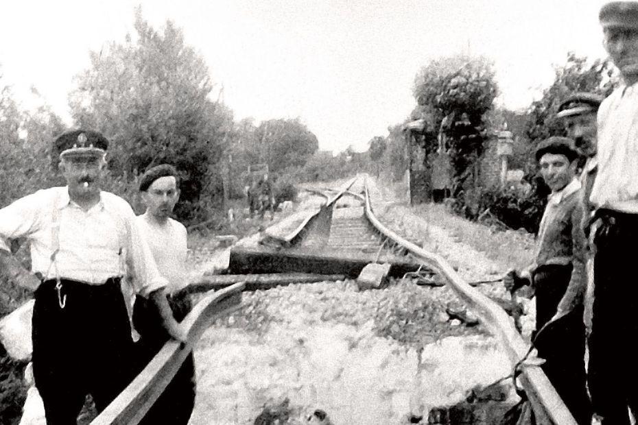 Sabotage de la voie ferrée à Saint-Méard-de-Drône le 27 juillet 1944. • © Archives départementales de la Dordogne.
