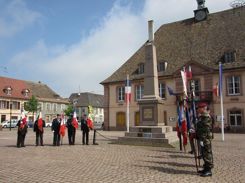 Cérémonie pour la fête du jumelage Meilhan sur Garonne-Neuf-Brisach