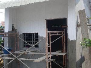 Valeurs de partage et solidarité, pour la construction de la maisonnette du gardien de l'orphelinat de Seiha !