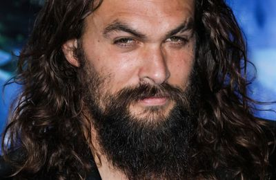 "VIDEO - Regardez Jason MOMOA chanter avec Phil Anselmo ""This love"" de PANTERA"