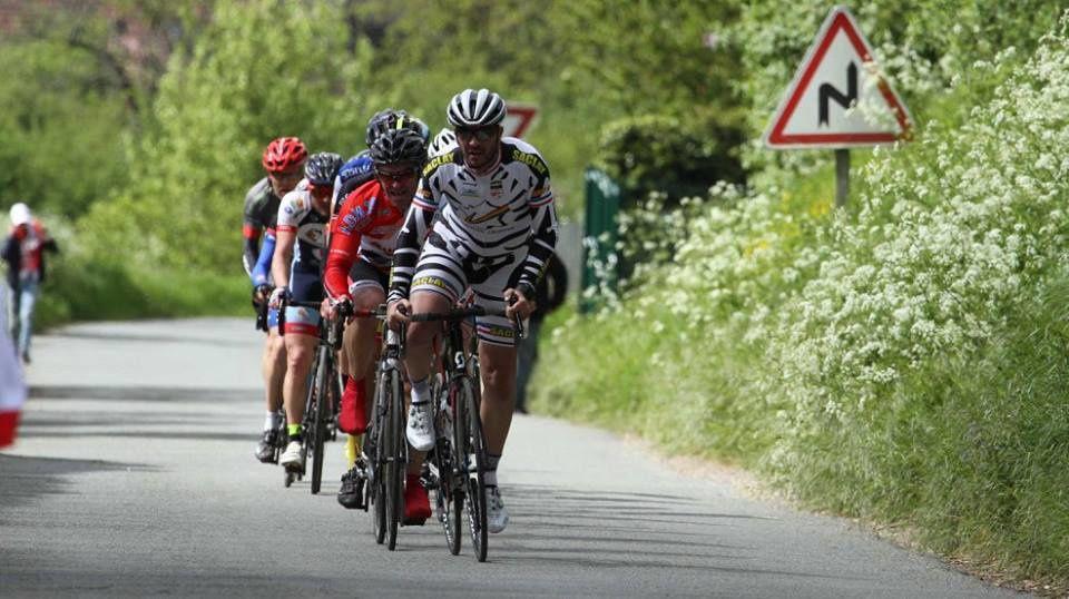 Album photos des courses D1-D2 du 1er mai à Houx (28)
