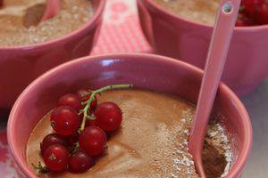 Mousse au chocolat noir praliné amande