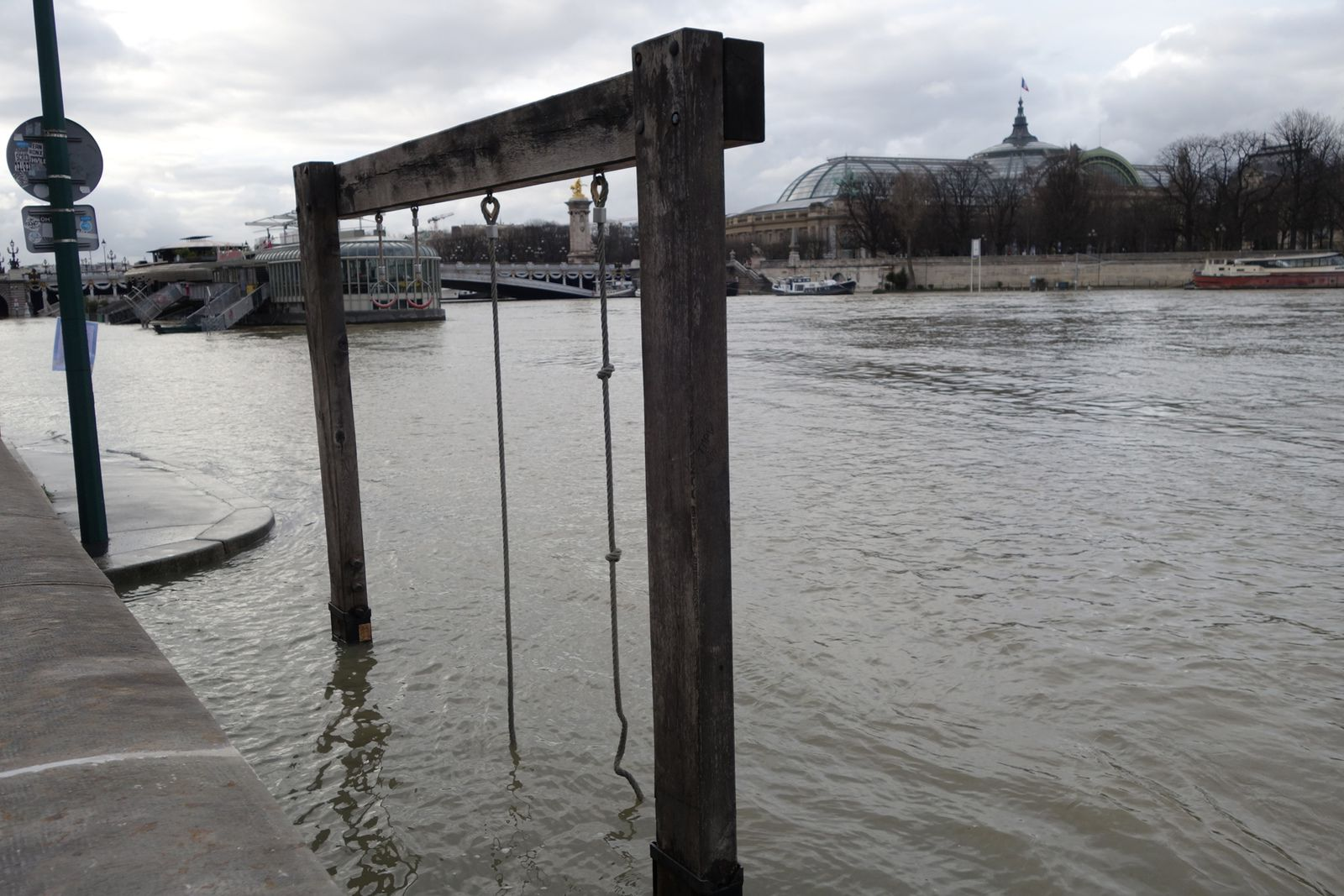 LA SEINE EN CRUE à PARIS, BALADE DE PONT EN PONT (05/02/2021)