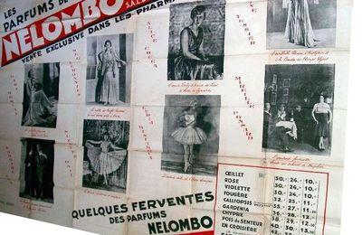 PARFUMS NELOMBO - AFFICHE - Réf 21095