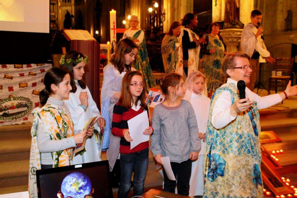 Un moment formidable de rencontre , de prière et d'échange entre les paroissiens de la ville d'EU et la troupe du GOSPEL qui s'est enrichie ce jour-là des enfants du KT avec leurs parents et animateurs ....