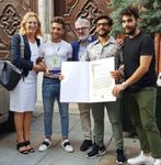 "ASSISI PAX INTERNATIONAL DONA L' ARBOR PACIS AL GRUPPO ""IL VOLO"""