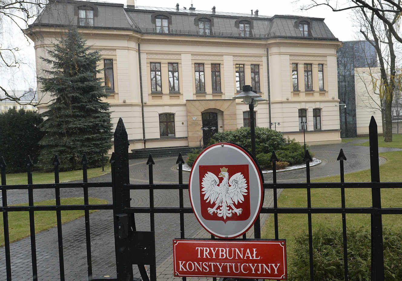 Pologne : Le Tribunal constitutionnel déclare le droit polonais supérieur au droit européen