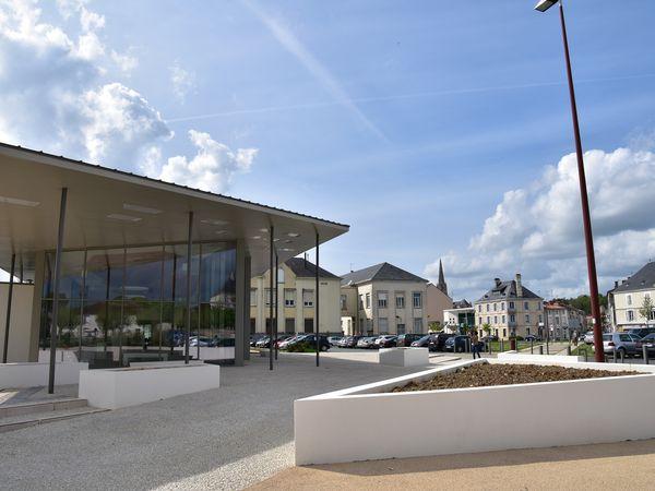 Economie & territoire ► l'office de tourisme du Pays de Fontenay inauguré