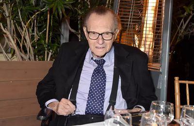 Le journaliste Larry King, légende de la télévision américaine, est mort à l'âge de 87 ans