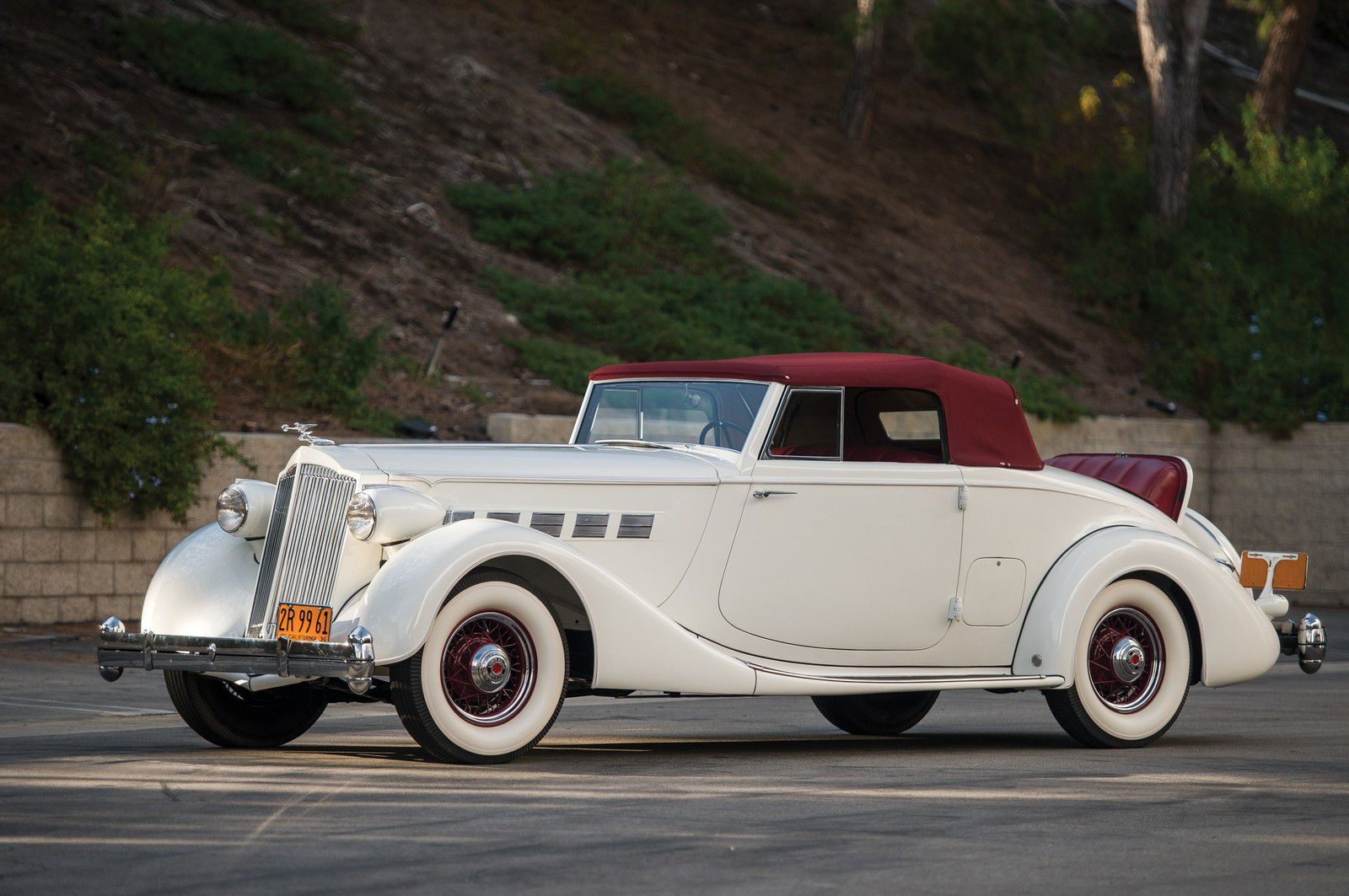 VOITURES DE LEGENDE (1246) : PACKARD SUPER EIGHT COUPE ROADSTER - 1936