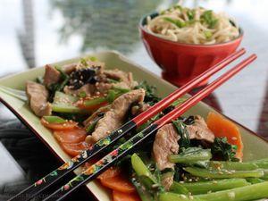 Porc Sauté aux Brocolis Chinois (bok choy) et aux Champignons Noirs- Chine-