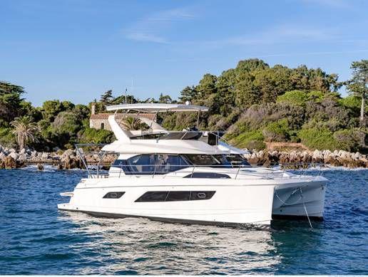 Dream Yacht Charter devient le distributeur exclusif des catamarans Aquila dans 4 pays européens