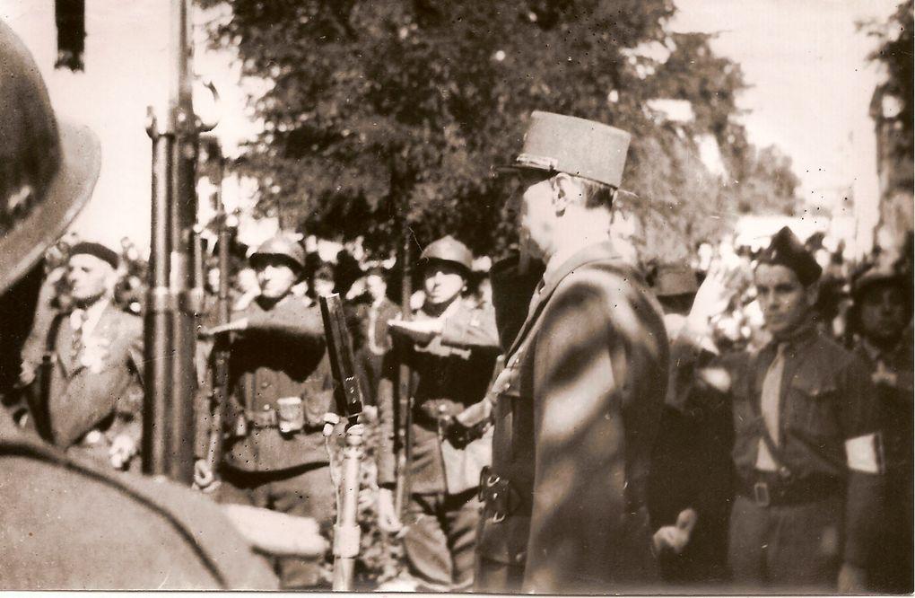 Merci à Madame D.... qui nous a communiqué ces photos. Dernière minute...: Nous apprenons le décès et les obsèques, ce jour à Thiviers (Dordogne) de Paul Puyraveau qui est un des derniers survivants des hommes de Violette / Brigade R.A.C qui on sauvé et libéré Saintes le 4 septembre 1944.