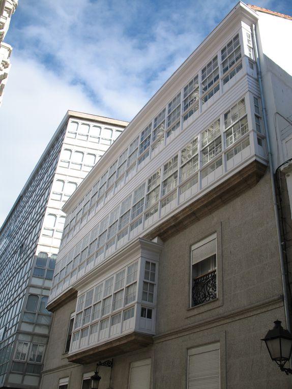 Façades d'immeubles modernes et anciennes...
