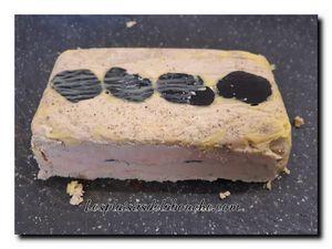 Foie gras à la truffe en terrine