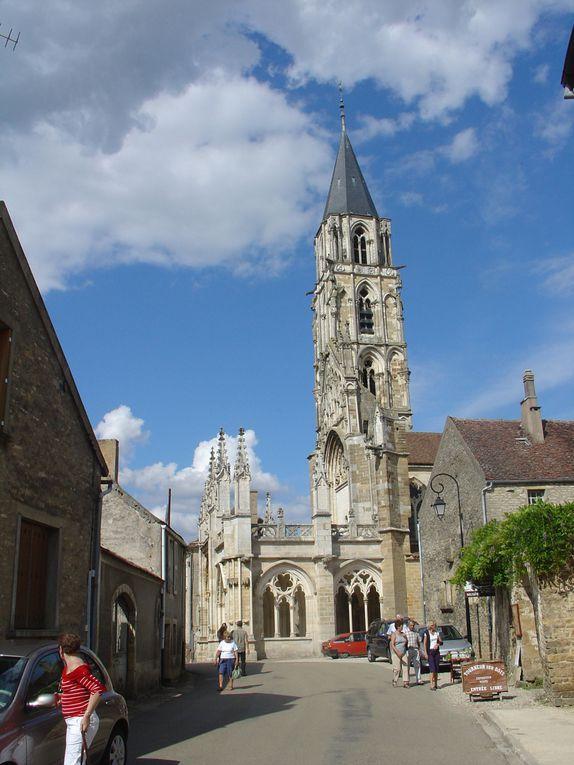 Visite de la Bourgogne avec des photos de villes et villages connus ou pas.