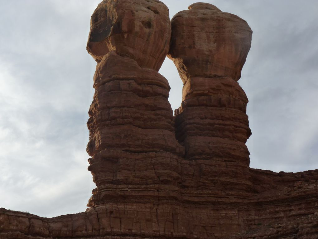 Pause photos au Navajo Twin Rocks , Bluff