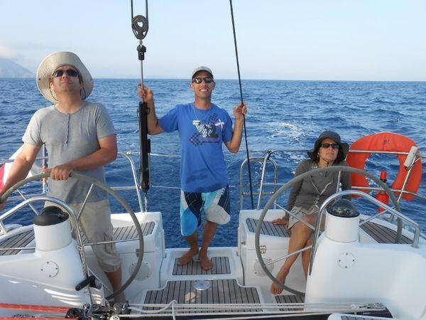 Maria et Pascal à bord ! Et apéro bateau avec Bruno, Cécile, Olivier, Pascal et Maria à bord du bateau de Charly