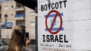 """Roger Waters s'adresse aux Français pour exprimer """"son soutien et son admiration envers les supporters de la campagne BDS malgré son attaque par le système judiciaire français"""" (Mondoweiss)"""