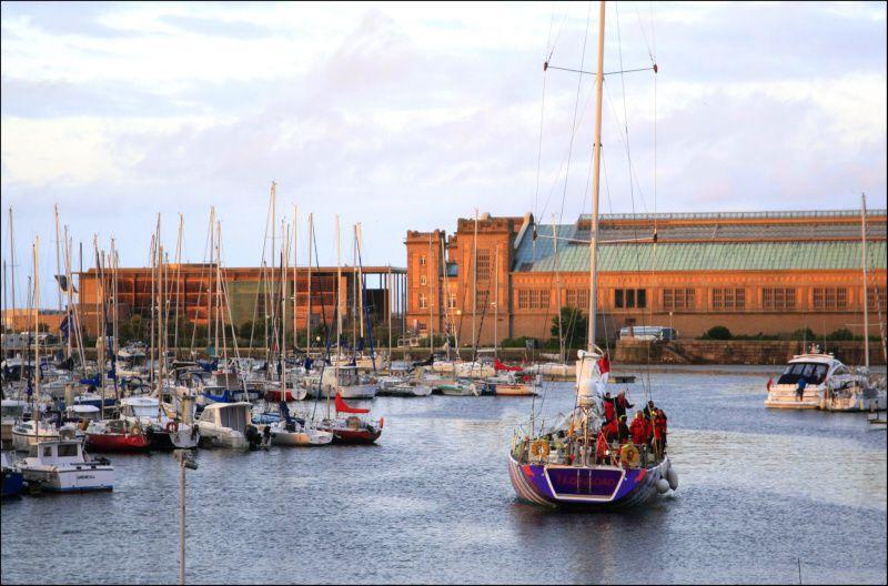 #Tourisme - #Cherbourg #Manche - Pourquoi faire escale à Cherbourg-en-Cotentin en 3 réponses ! + #citedelamer