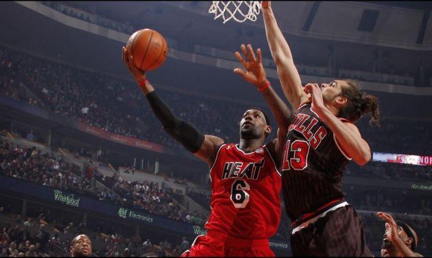 Chicago s'incline lourdement à domicile contre le Heat