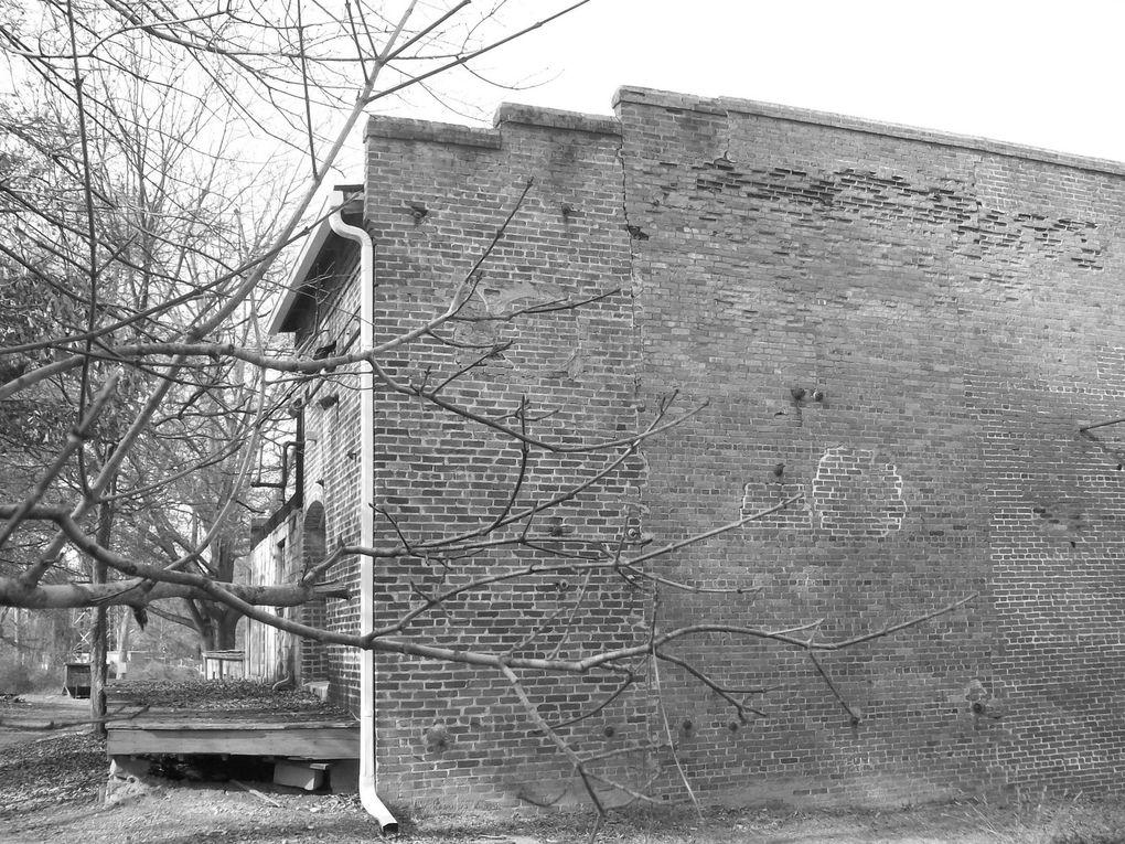 La ville de Carrollton possède un riche passé industriel consacré essentiellement au  coton. Aperçu...