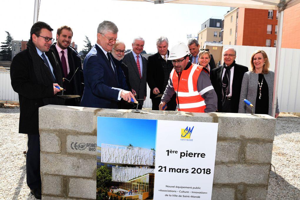 La 1ère pierre du futur espace Associations-culture-innovation a été posée à Saint-Mandé