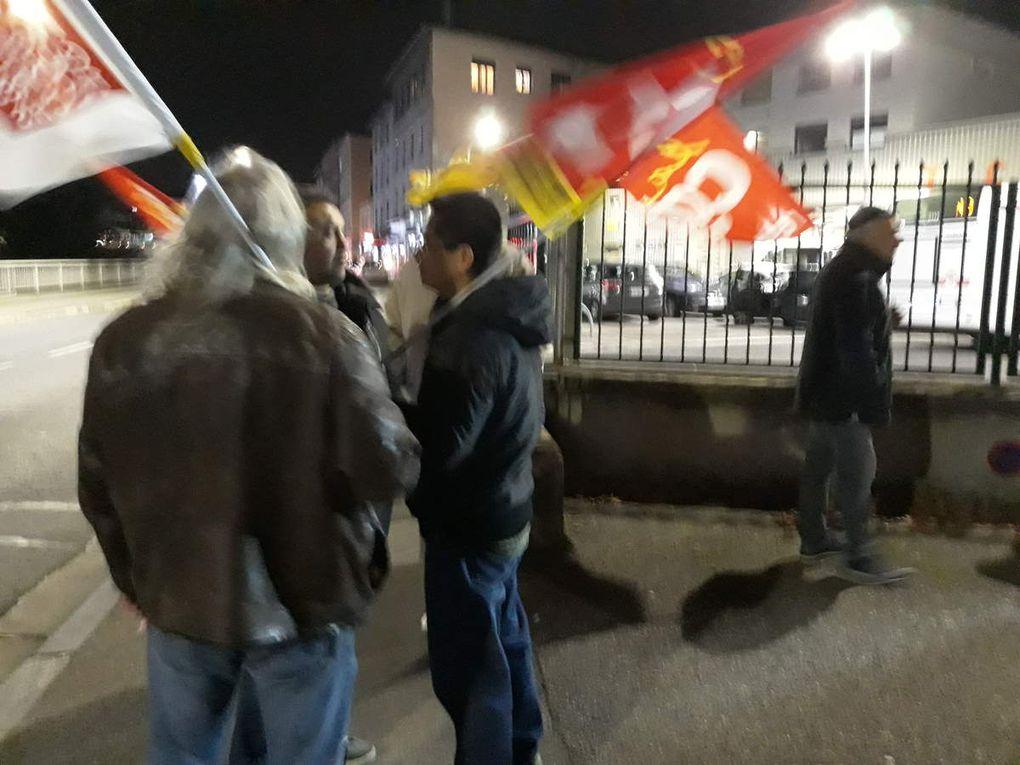 La journée du 17 décembre a commencé hier soir à Oullins avec une initiative au débat du député En Marche......