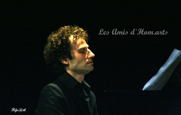"GREISAMMER A OFFERT UNE BELLE "" LECON DE PIANO ""..."