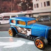 MIDNIGHT OTTO - FORD VICTORIA 1932 HOT WHEELS 1/64 - car-collector.net