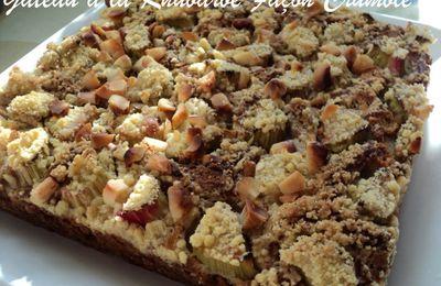 Gâteau à la Rhubarbe Façon Crumble