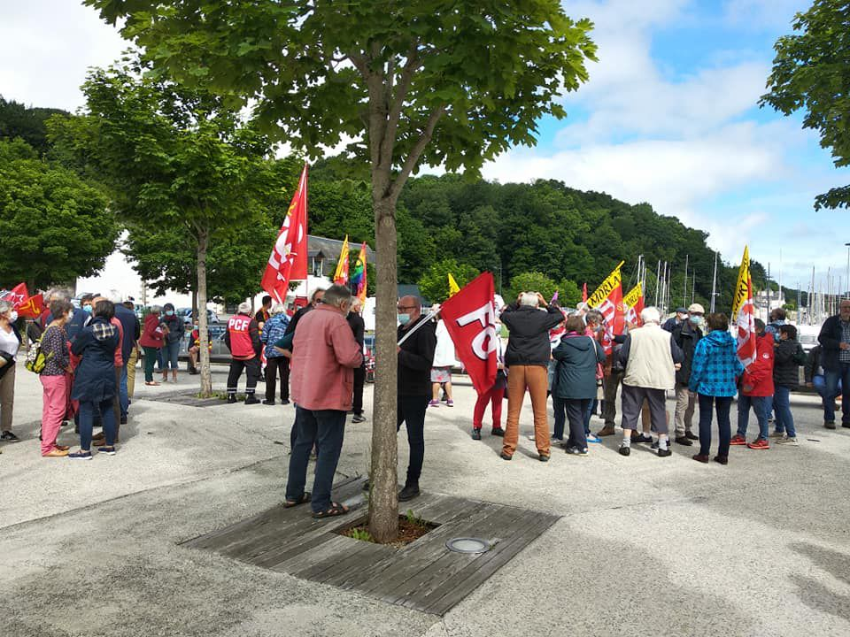 Marche pour les libertés et contre les idées d'extrême-droite à Morlaix  le 12 juin