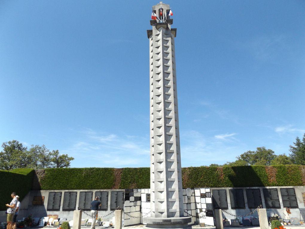 Le Mémorial, Tombeau des Martyrs d'Oradour-sur-Glane où reposent les cendres recueillies dans le village.