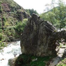 Pas de Roland , Itxassou ( Pyrénées-Atlantiques 64 ) A