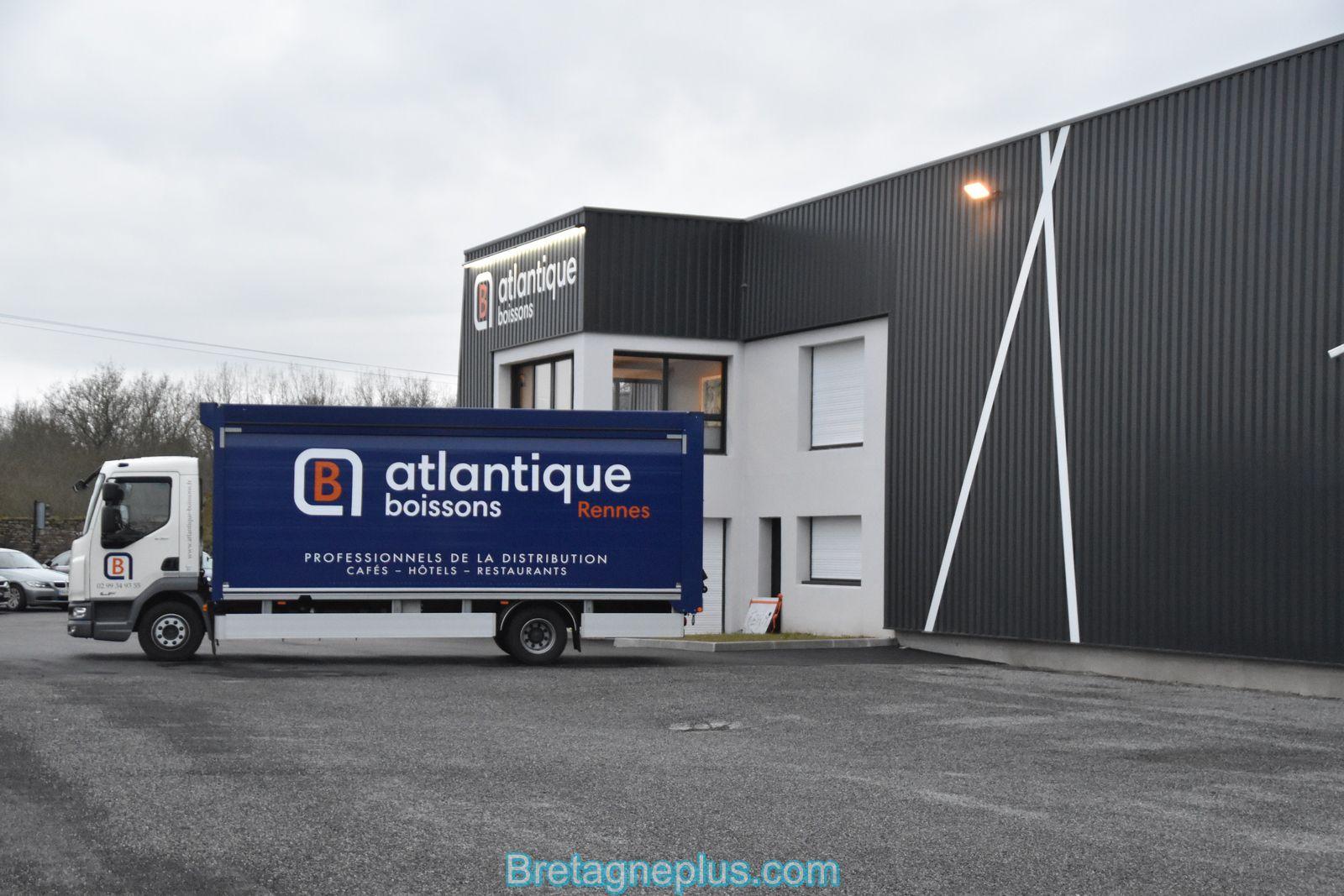 Grosse affluence au déstockage de la société ATLANTIQUE BOISSONS RENNES