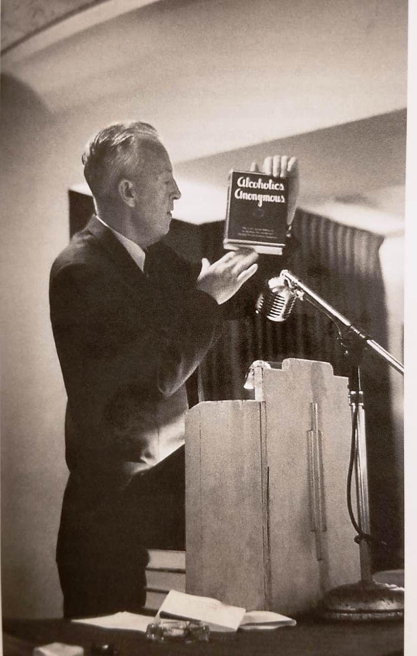 1955 : Conférence des Services Généraux (2° édition du Big Book)