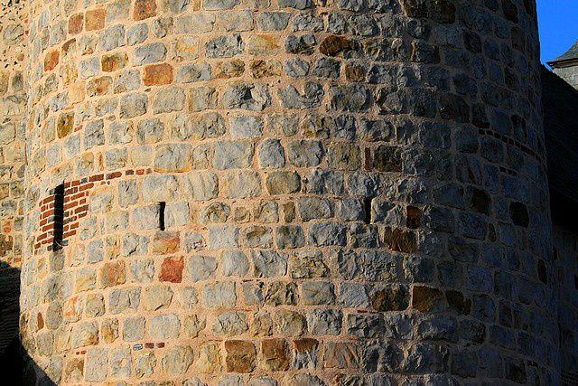 Diaporama église fortifiée de La Bouteille