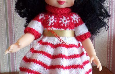 tuto gratuit poupée  : robe de NOËL  au col roulotté