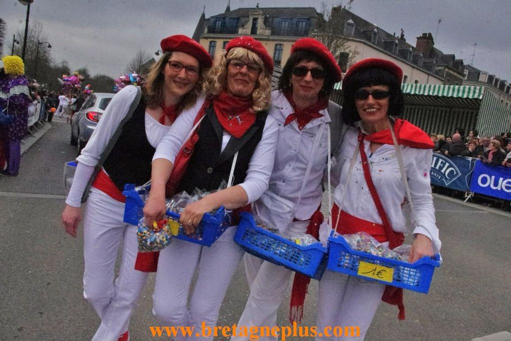 Ce dimanche 24 mars, se déroulait, le 54ème Carnaval des Gais Lurons, de Vitré (35)