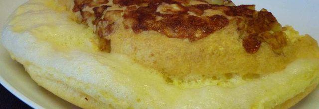 omelette soufflée aux pommes de terre et mozzarella