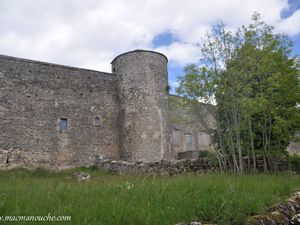 La tour Auglanetla tour de la Cambière sur le côté Sud-Ouest, à gauche de la Porte Sud.  (13 sur le plan)  (clic sur les photos pour les agrandir)
