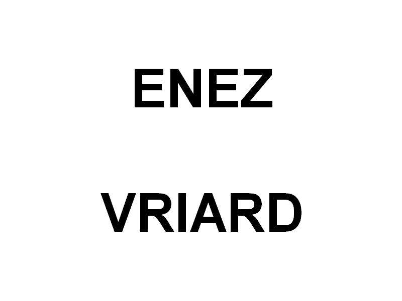 ENEZ VRIARD , sur la Seine au passage de la commune de la Bouille le 16 juin 2019