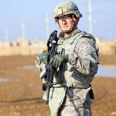 Deux roquettes visent une base abritant des soldats américains