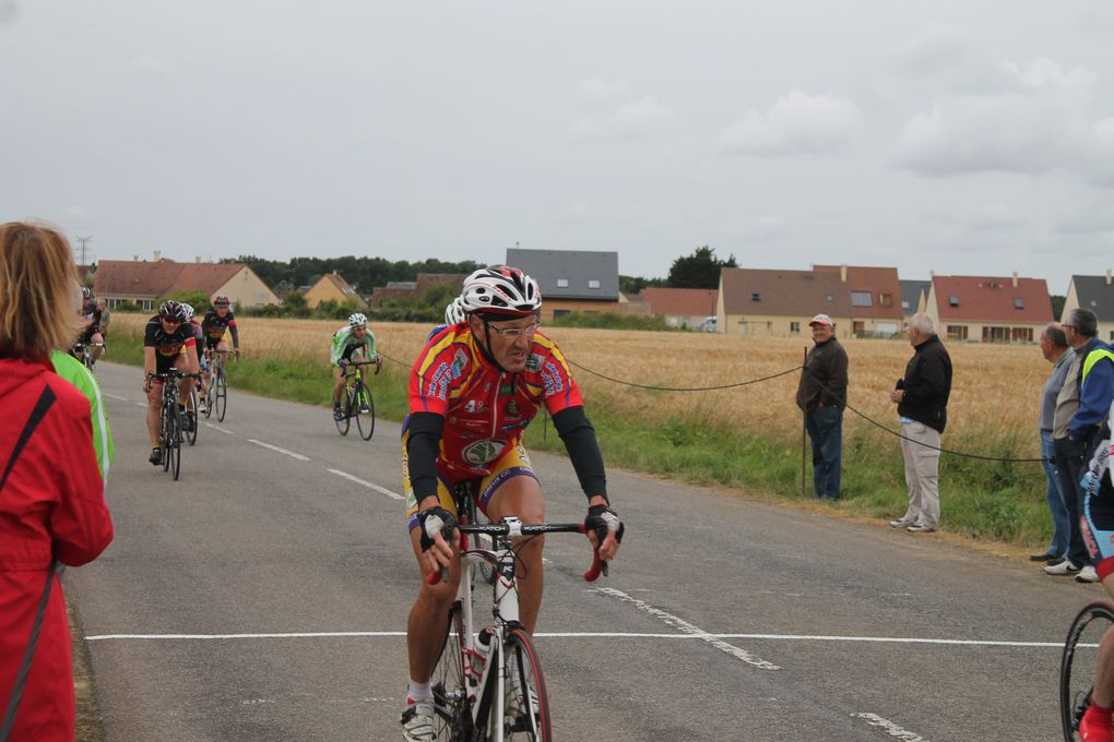 Album photos des courses D1-D2 et D3-d4 du Fonville (28)