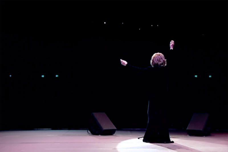 Hommage à Juliette Gréco la nuit prochaine sur ARTE (portrait et concert).