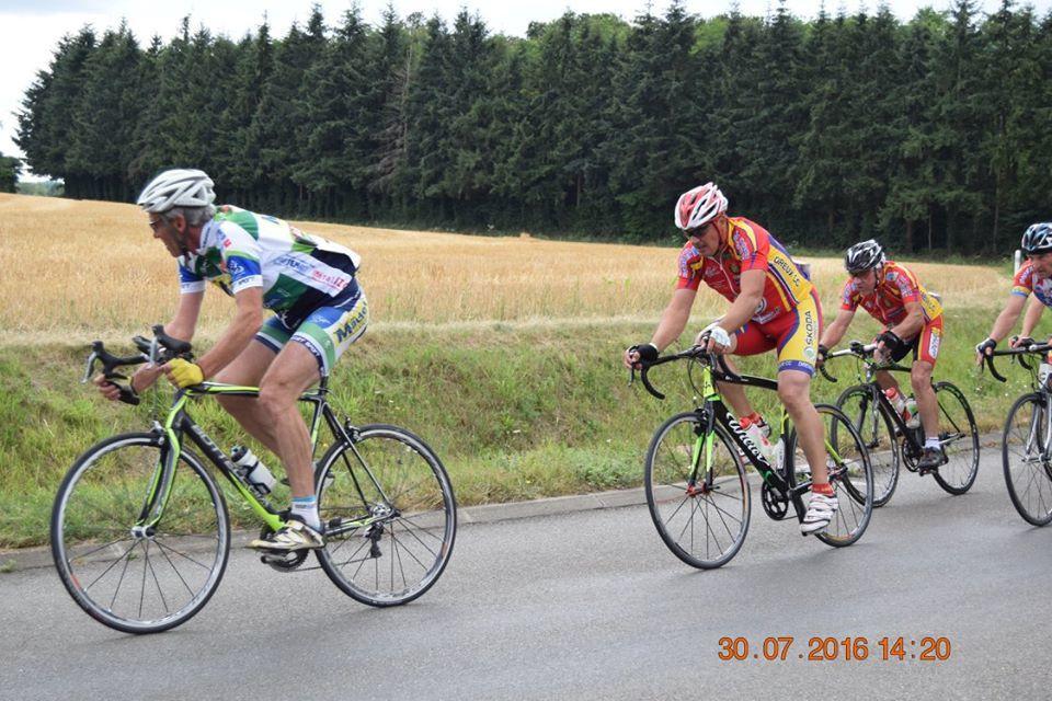 Album photos de la course D4 de St Michel de Chavaignes (72)